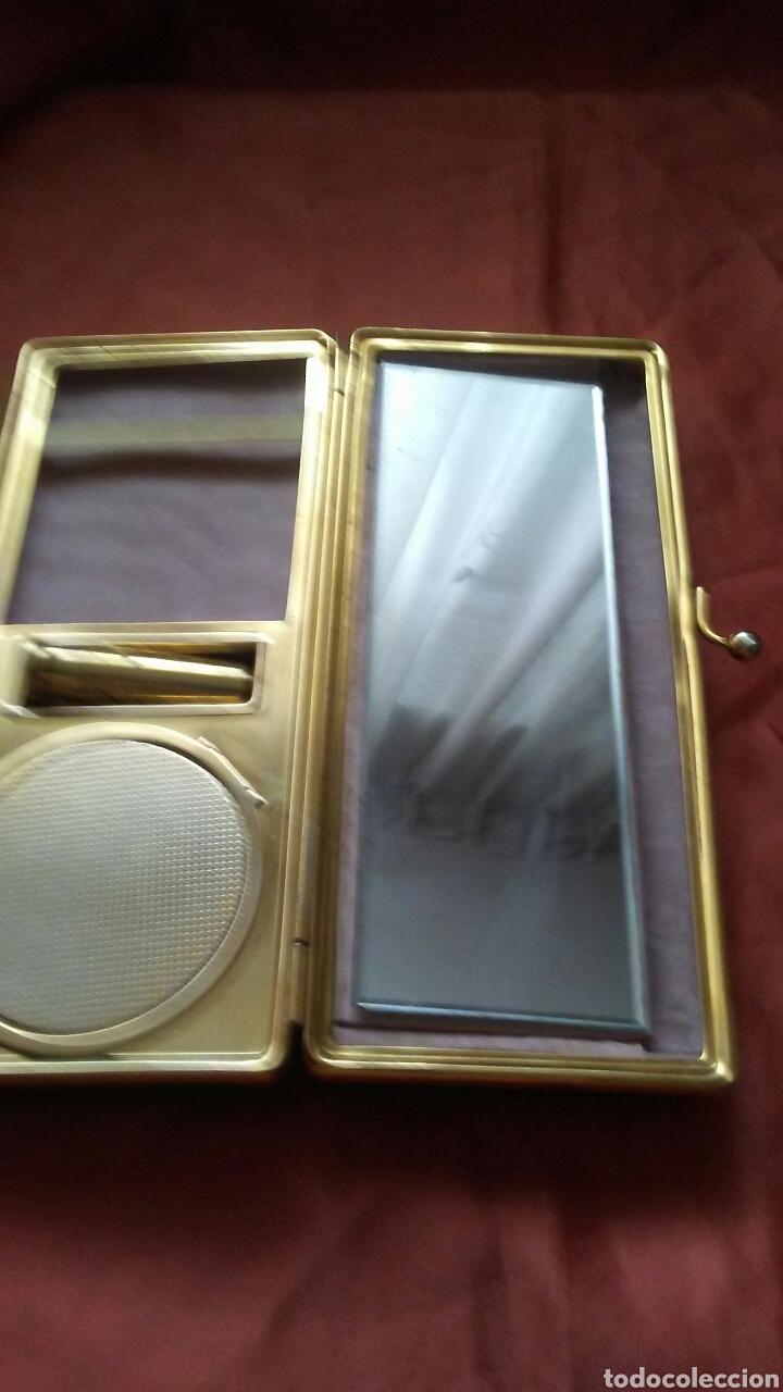 Antigüedades: Bolso de fiesta truss,tipo baquelita carey años 50 contiene monedero polvera portalapiz labial, - Foto 5 - 159535693