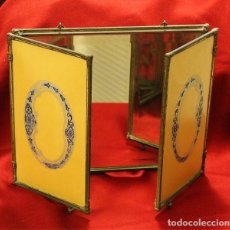 Antiquités: ANTIGUO ESPEJO MODERNISTA DE TRES LADOS DE SOBREMESA O PARA COLGAR . Lote 159584942