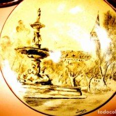 Antigüedades: PLATO CERAMICA PINTADO A MANO J.OLLER FIRMADO. MOTIVO FUENTE Y CASTILLO . Lote 159612834