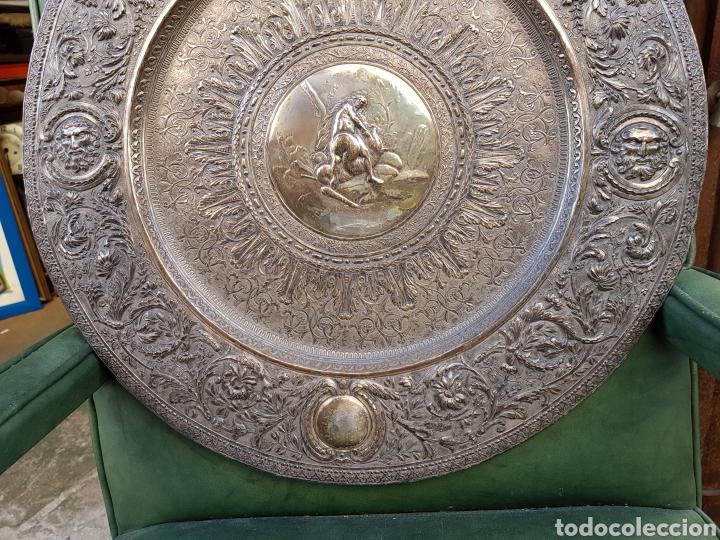 Antigüedades: ANTIGUA BANDEJA BAÑADA EN PLATA ESTILO MODERNISTA MOTIVOS MITOLOGICOS Y VEGETALES ¿ PEDRO DURAN ? - Foto 3 - 159613705