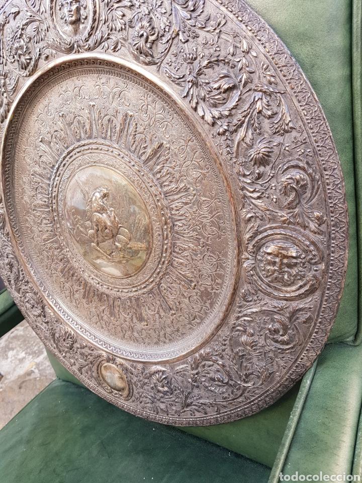 Antigüedades: ANTIGUA BANDEJA BAÑADA EN PLATA ESTILO MODERNISTA MOTIVOS MITOLOGICOS Y VEGETALES ¿ PEDRO DURAN ? - Foto 5 - 159613705