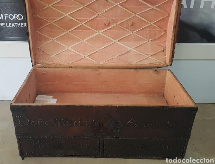 Antigüedades: Arcon forrado con cuero y remaches - Foto 7 - 159632054