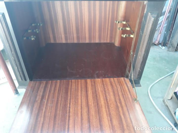 Antigüedades: mueble auxiliar - Foto 2 - 159633386