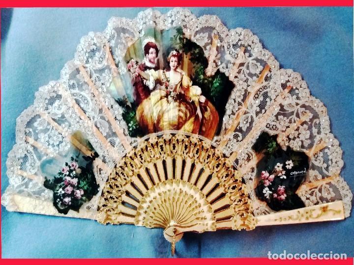 ABANICO DE CARMEN MONREAL,PAIS ENCAJE,PINTADO A MANO A GOUACHE Y VARILLAJE DE MARFIL TALLADO.FIRMADO (Antigüedades - Moda - Abanicos Antiguos)