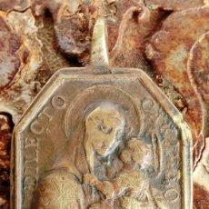 Antigüedades: ANTIGUA MEDALLA DE BRONCE - DILECTO CARMELO - VIRGEN DEL CARMEN - SAN ANTONIO DE PADUA - S.XVIII -. Lote 159652058