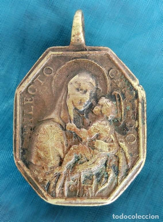 Antigüedades: ANTIGUA MEDALLA DE BRONCE - DILECTO CARMELO - VIRGEN DEL CARMEN - SAN ANTONIO DE PADUA - S.XVIII - - Foto 3 - 159652058
