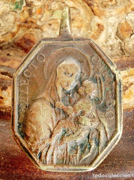 Antigüedades: ANTIGUA MEDALLA DE BRONCE - DILECTO CARMELO - VIRGEN DEL CARMEN - SAN ANTONIO DE PADUA - S.XVIII - - Foto 6 - 159652058
