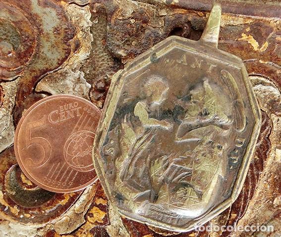 Antigüedades: ANTIGUA MEDALLA DE BRONCE - DILECTO CARMELO - VIRGEN DEL CARMEN - SAN ANTONIO DE PADUA - S.XVIII - - Foto 7 - 159652058
