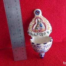 Antigüedades: BONITA BENDITERA,CERAMICA,BUEN ESTADO. Lote 159663154