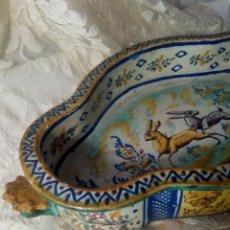 Antigüedades: SIGLO XVIII RARA Y ÚNICA FUENTE DE TRIANA, PERFECTO ESTADO, GRAN TAMAÑO. Lote 159671982