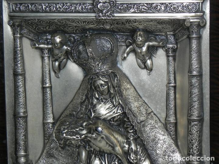 Antigüedades: ** PRECIOSO CUADRO VIRGEN DEL CAMINO EN COBRE REPUJADO BAÑADO EN PLATA - FIRMADO MORERA ** - Foto 5 - 159691130