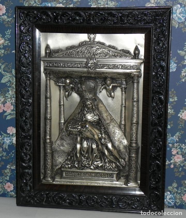Antigüedades: ** PRECIOSO CUADRO VIRGEN DEL CAMINO EN COBRE REPUJADO BAÑADO EN PLATA - FIRMADO MORERA ** - Foto 11 - 159691130