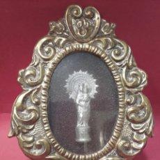 Antigüedades: RELICARIO DE CHAPA REPUJADA VIRGEN DEL PILAR. Lote 159727968