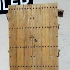 Antigüedades: PUERTA RUSTICA ANTIGUA DE CLAVOS, 2 HOJAS . Lote 159740930
