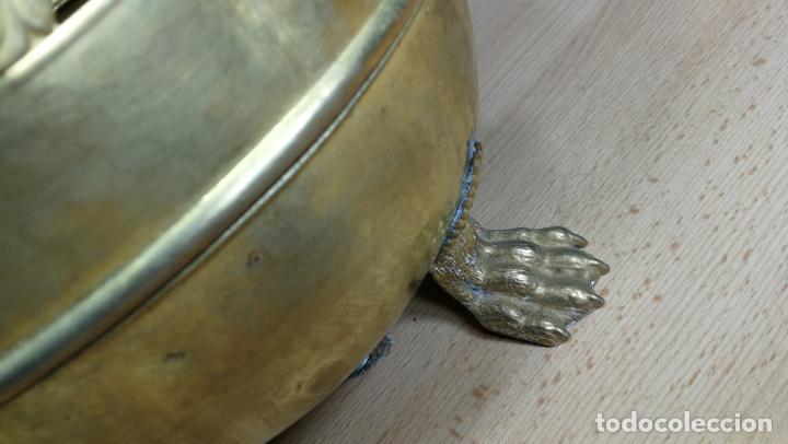 Antigüedades: BOTITO MACETERO GRANDE ANTIGUO DE METAL BRONCEADO - Foto 24 - 159768254