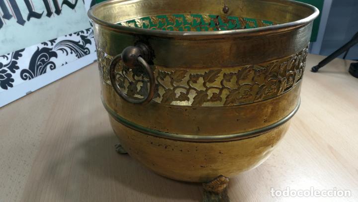 Antigüedades: BOTITO MACETERO GRANDE ANTIGUO DE METAL BRONCEADO - Foto 30 - 159768254