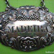 Antigüedades: ANTIGUA CHAPA PARA BOTELLA DE MADEIRA EN PLATA. CHAPA DE 6X4 CM. Lote 159794742