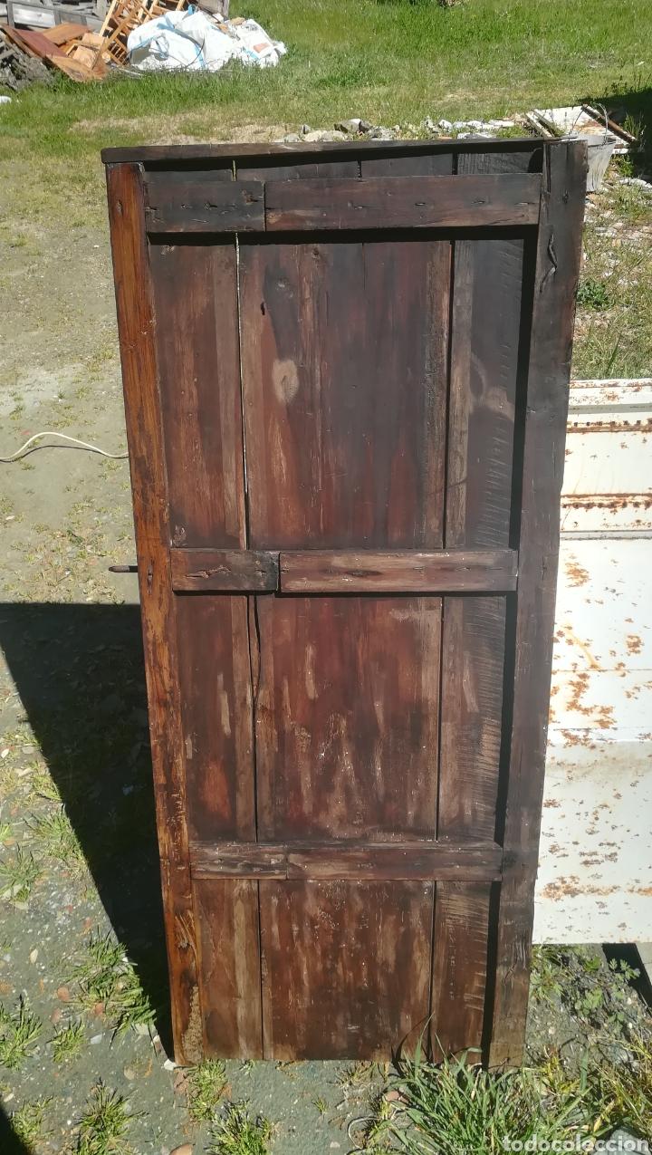 Antigüedades: Antigua puerta de madera para alacena armario - Foto 2 - 159804501