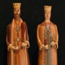 Oggetti Antichi: FIGURA PAREJA GEGANTS Y CAPGROSSOS CERÁMICA DE LA BISBAL. Lote 159823822