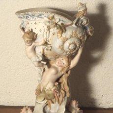 Antigüedades: CENTRO DE MESA DE BISCUIT. Lote 159831862