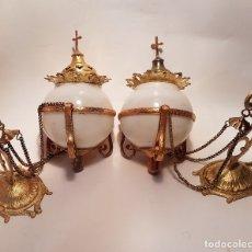 Antigüedades: ANTIGUA Y PRECIOSA PAREJA DE LAMPARAS VOTIVAS PARA CAPILLA SG.XIX. 1890-1900. Lote 159859082