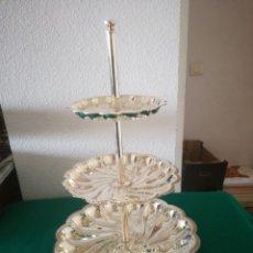Antigüedades: FRUTERO DE METAL PLATEADO. Lote 159948609