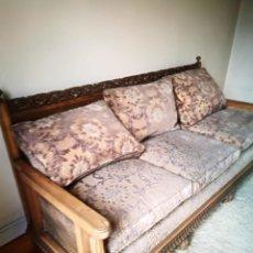 Antigüedades: SOFÁ MADERA TALLADA Y REJILLA. Lote 159965390