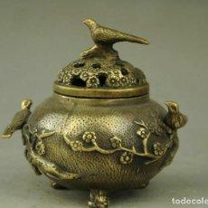 Antigüedades: INCIENSO, INCENSARIO CON TAPADERA DE BRONCE CON PAJAROS Y FLORES, SELLO . Lote 160005218