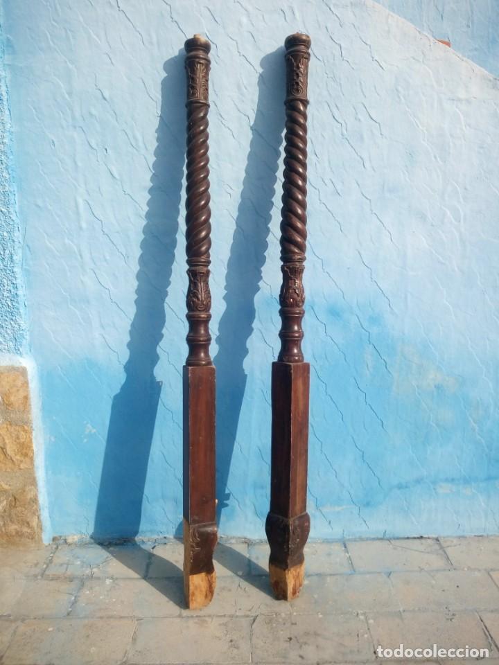 LOTE DE 2 BARROTES DE MADERA MACIZA DE CAMA CON DOSEL, SIGLO XIX,IDEAL DECORACIONES. (Antigüedades - Muebles Antiguos - Camas Antiguas)