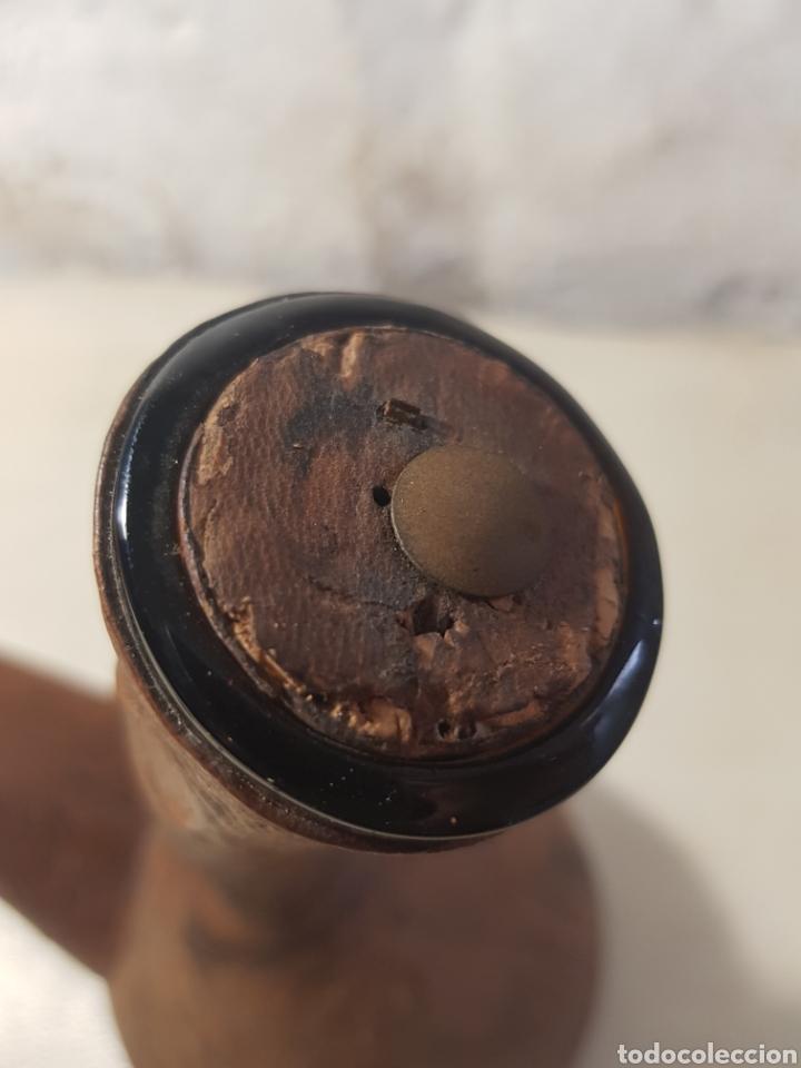 Antigüedades: Porrón cristal mallorca forrado de cuero repujado - Foto 5 - 160075993
