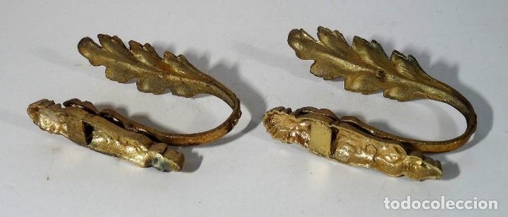 Antigüedades: PAREJA DE ALZAPAÑOS DE BRONCE - Foto 5 - 160174546