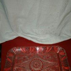 Antigüedades: ANTIGUA BANDEJA DE VIDRIO. Lote 160179088
