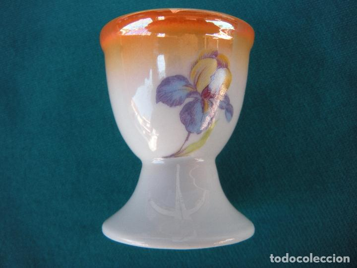 HUEVERA DE PORCELANA (Antigüedades - Porcelanas y Cerámicas - Otras)