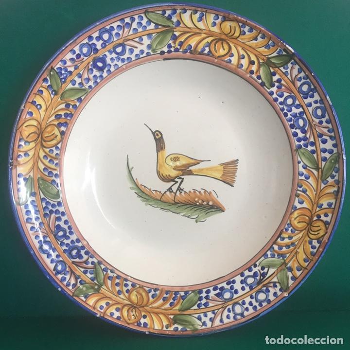 PLATO CERÁMICA MANISES 34.5X4.5 (Antigüedades - Porcelanas y Cerámicas - Manises)