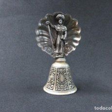 Antigüedades: CAMAPANA O CAMPANILLA SANTIAGO APOSTOL, CON CONCHA DE PEREGRINO. Lote 160277902