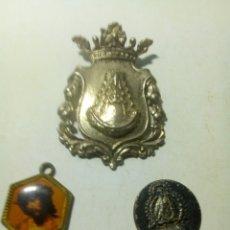 Antigüedades: LOTE DE TRES MEDALLAS. Lote 160298592