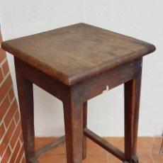 Antigüedades: BANQUETA INDUSTRIAL ANTIGUA DE MADERA,PRECIOSA PIEZA,AÑOS 40 APROX. Lote 160325286