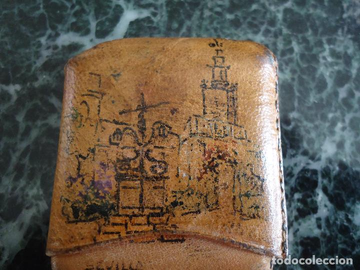 Antigüedades: Antigua carterita para cerillas pintada a mano. Sevilla. Firmada uría. 6x5x1 cms. - Foto 3 - 160345254