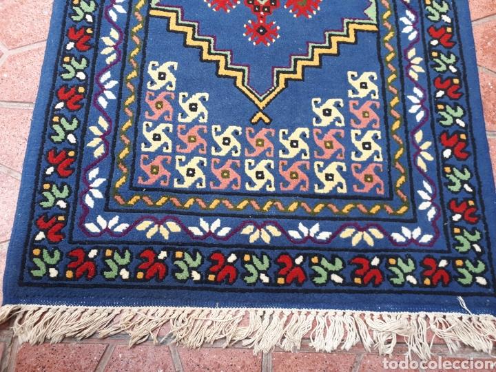 Antigüedades: Alfombra hecha a mano color azul - Foto 5 - 160360896