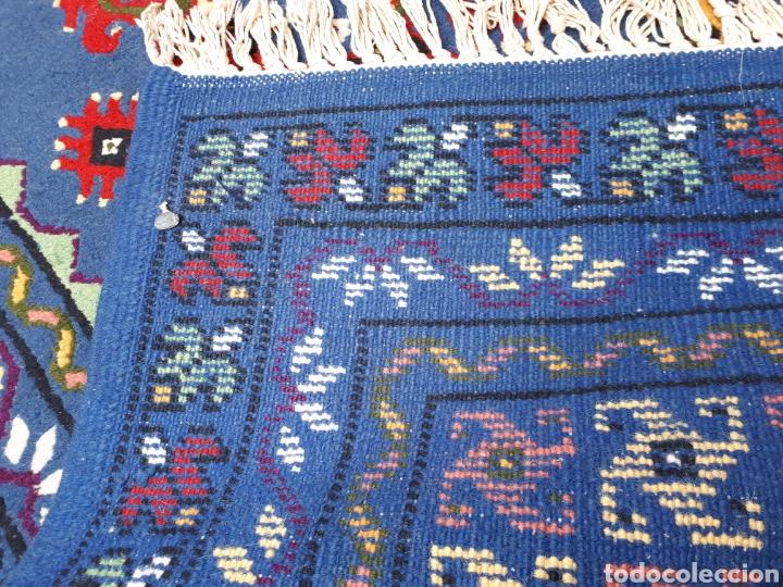 Antigüedades: Alfombra hecha a mano color azul - Foto 7 - 160360896