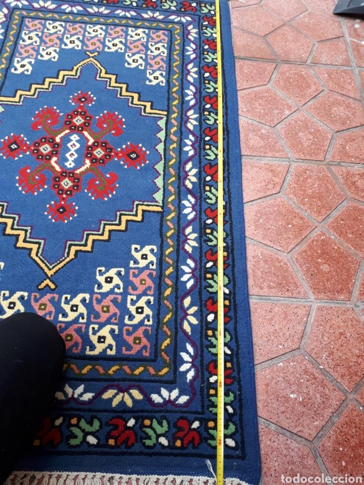 Antigüedades: Alfombra hecha a mano color azul - Foto 9 - 160360896