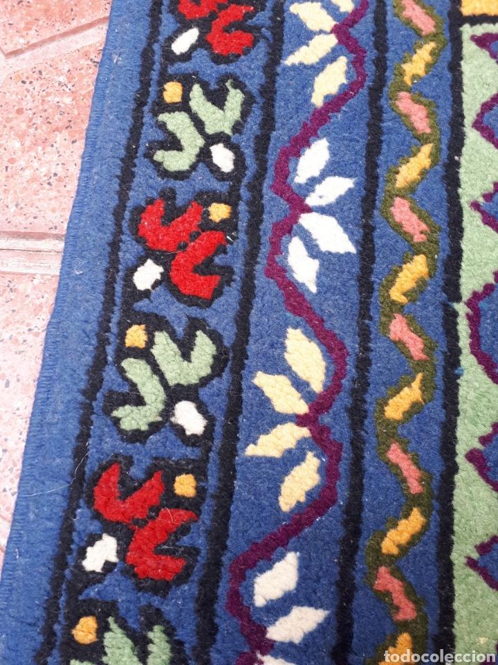 Antigüedades: Alfombra hecha a mano color azul - Foto 10 - 160360896
