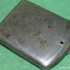 Antigüedades: PITILLERA DE PLATA ART DECÓ PRINCIPIOS XX PUNZONADA PRECIOSA DECORACIÓN MODERNISTA CON INICIALES. Lote 160417726