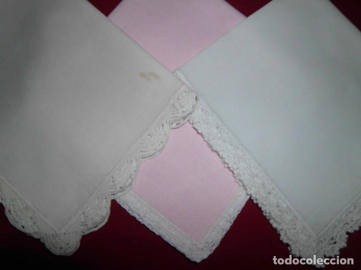 LOTE PAÑUELOS CON REMATE GANCHILLO (Antigüedades - Moda - Pañuelos Antiguos)