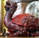 Antigüedades: TORTUGA-DRAGÓN. PASTA CHINA (RESINA).. Lote 160495910
