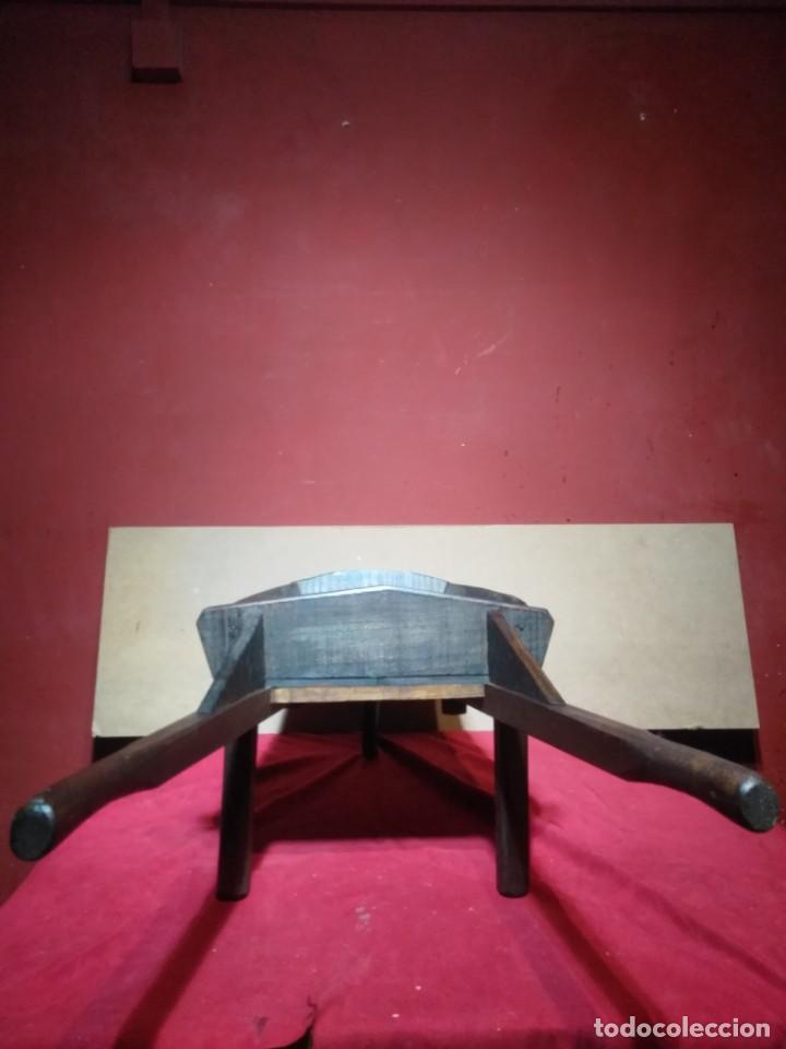 Antigüedades: CARRETILLA DE MADERA DE UNA RUEDA IDEAL TIENDAS Y FLORISTERIAS 110 CM DE LONGITUD - Foto 6 - 160634010