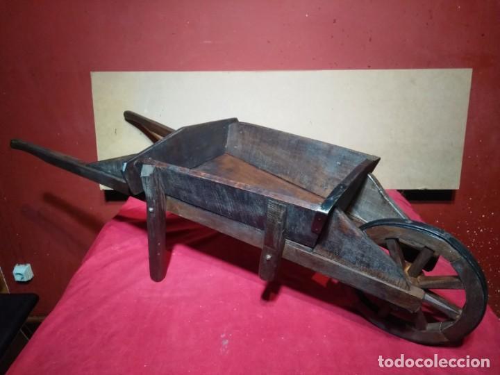 Antigüedades: CARRETILLA DE MADERA DE UNA RUEDA IDEAL TIENDAS Y FLORISTERIAS 110 CM DE LONGITUD - Foto 7 - 160634010
