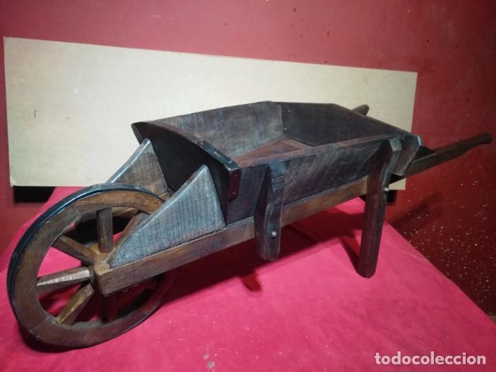 Antigüedades: CARRETILLA DE MADERA DE UNA RUEDA IDEAL TIENDAS Y FLORISTERIAS 110 CM DE LONGITUD - Foto 8 - 160634010