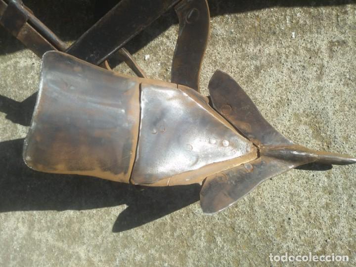 Antigüedades: Antiguo ARADO RESTAURADO remachado de forja puño madera de olivo para labrar el campo con burro mulo - Foto 11 - 160639670