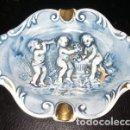 Antigüedades: CENICERO DE PORCELANA R. CAPODIMONTE, DE ITALIA. Lote 160676050